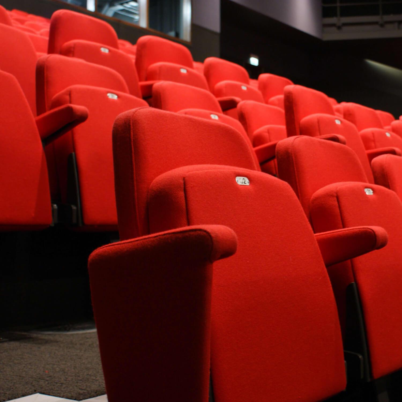 Cinemas Seat - Entertainment Page